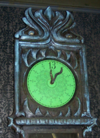 Haunted-Mansion-Clock